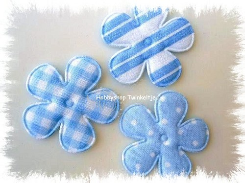 6 padded flowers baby bleu